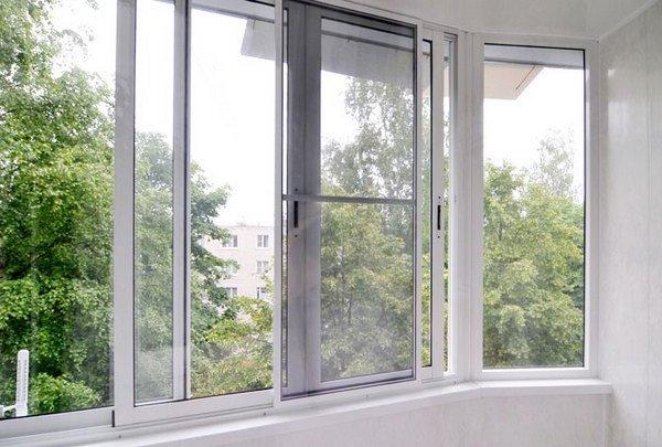 Замена стекла на стеклопакет на балконе